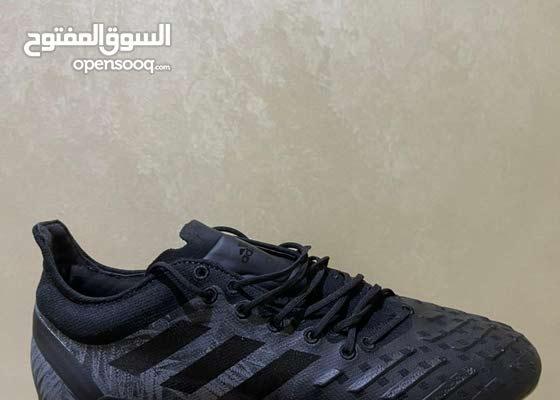 حذاء اديداس مقاس 43.5 جديد لم يستخدم