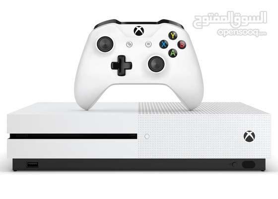 Xbox one s للبيع. نضيف جدااا لايوجد ايه اعطال