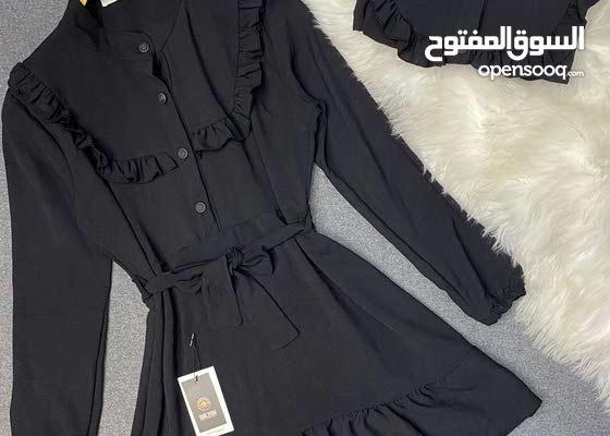 فستان اسود قماش سوبر يارا