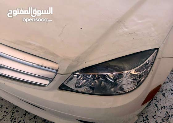 Used condition Mercedes Benz C 300 2010 with 150,000 - 159,999 km mileage