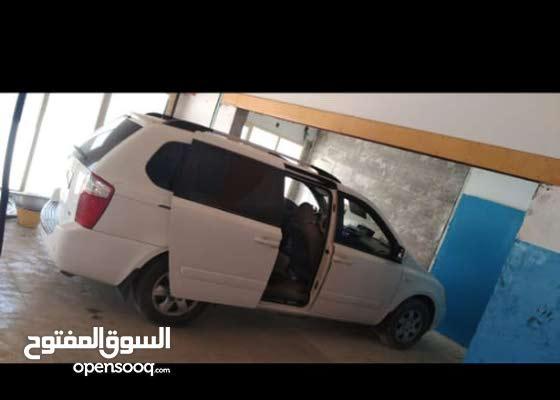 Kia Carnival Car for Sale