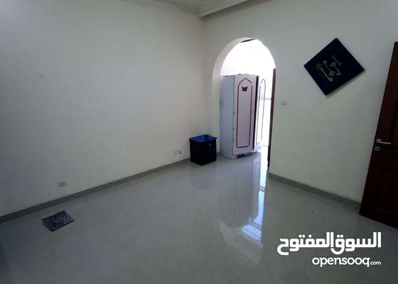 falt for rent in Dar alezz tower in manama alhoora