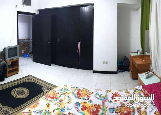 غرفة مفروشة لفتاة او شاب في شقة نظيفة شامل