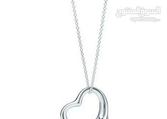 Heart necklace قلادة القلب