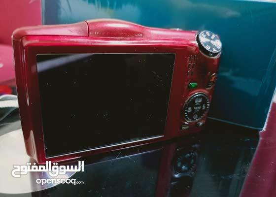 كاميرا Fujifilm FinePix F770EXR الرقمية - أحمر (مستشعر 16MP EXR CMOS
