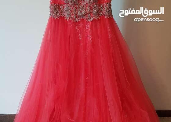 فستان اعراس حفلات خطوبه استعمال مرة واحده كالجديد