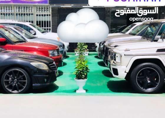 معرض سيارات للبيع في الفجيرة