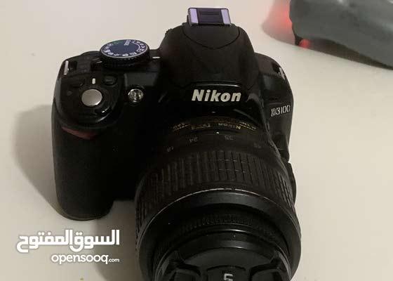 Nikon D3100 DSLR Camara