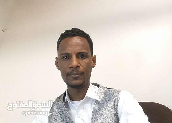 سوداني اداري ومشرف في الأمور المالية