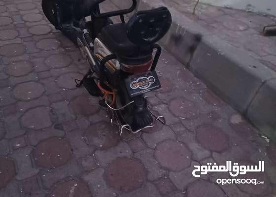 فيزبا بحاله ممتازه شامله البطاريه  في ابوظبي