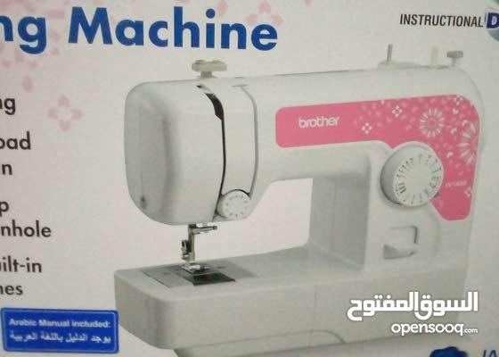 ماكينة خياطة براذر jv1400 جديدة لم تستخدم الا استخدام بسيط جدا