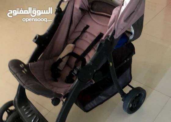 Baby car seat and stroller very good for sale 15 bd