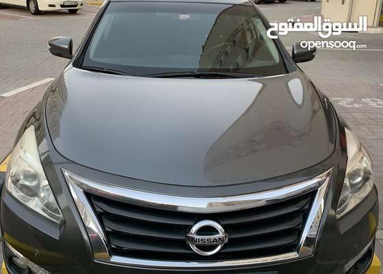 Nissan Altima SV 2014 for sale.