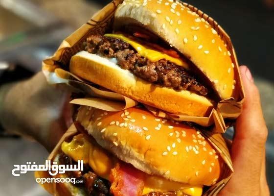 مطلوب شيف غربي برجر ساندويش صوصات للعمل بطعم بالمنطقه الشرقيه