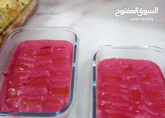 انا شيف عوائل مأكولات خليجيه ومصريه بانواعها ابحث عن وظيفة طباخ منزلى