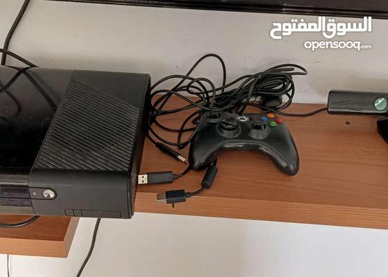 Xbox360 modified ,Games, 2 controller , sensor