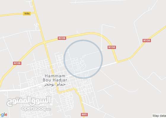 شقة 3 غرف و فيناء في بلدية حمام بوحجر ولاية عين تموشنت