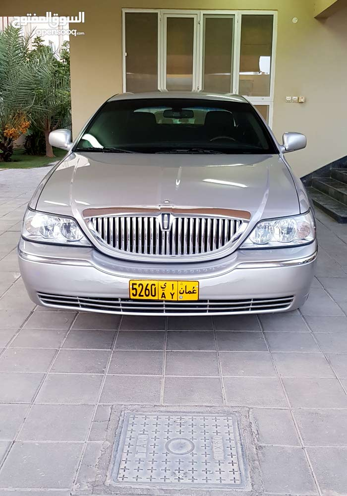 Lincoln Town Car 2011 For Sale