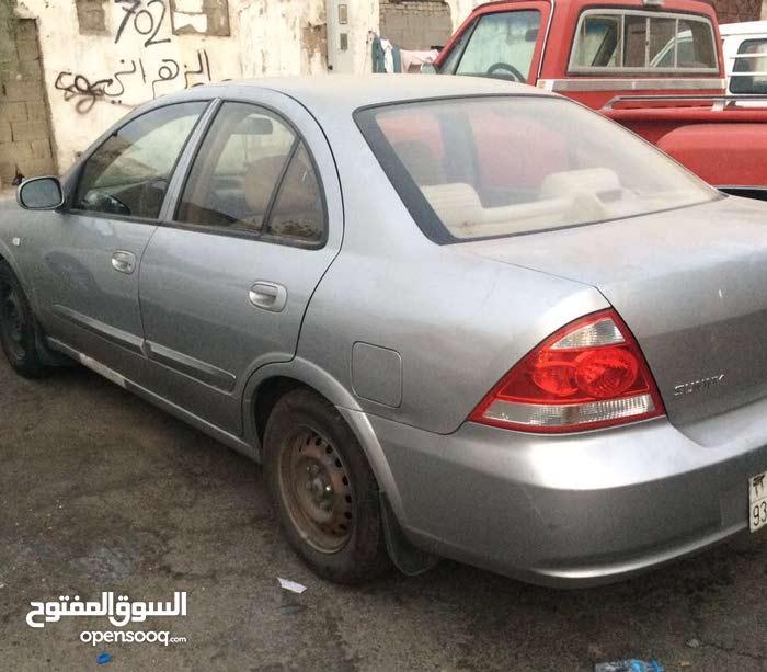 مقيم يمني الجنسية   ومتفرغ ولديه سيارة  في مدينة جدة