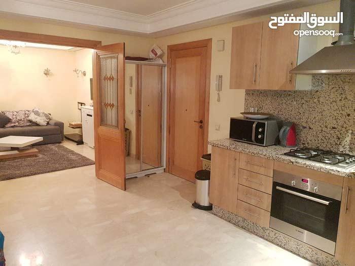 شقة امان و نضيفة