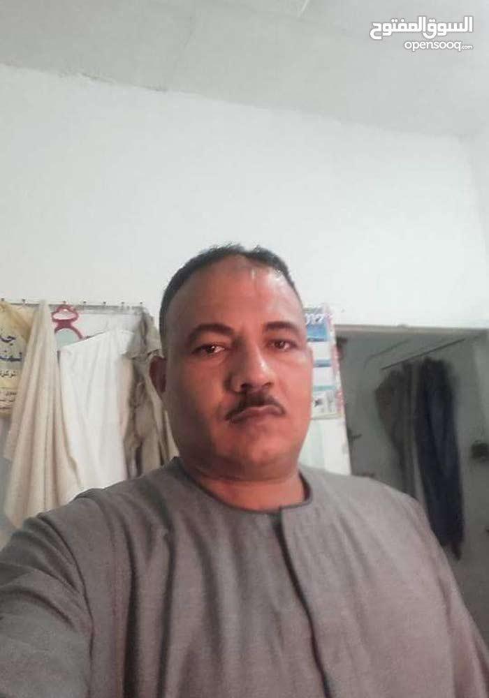 مصري لديه رخصه انشائيه و رخصه عامه و اقامه قابله للتحويل اطلب عمل