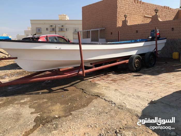 قارب فيروز 23قدم مع العربه