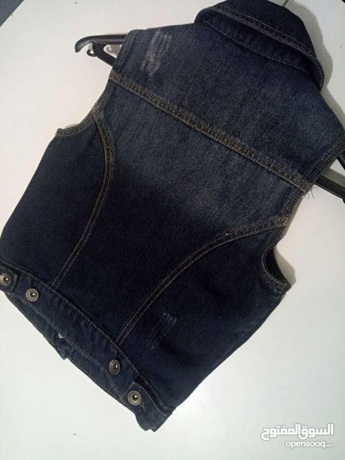 veste jean en tres bonne etat