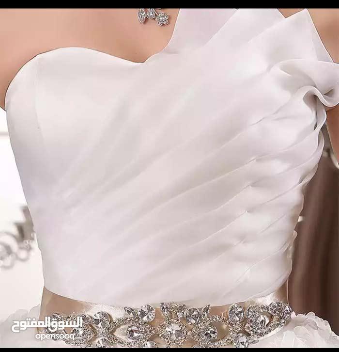 فستان عرس ايفوري جديد للبيع +جيبونة +طرحة