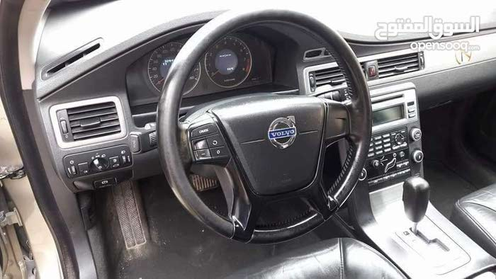 Available for sale! 0 km mileage Volvo V70 2010