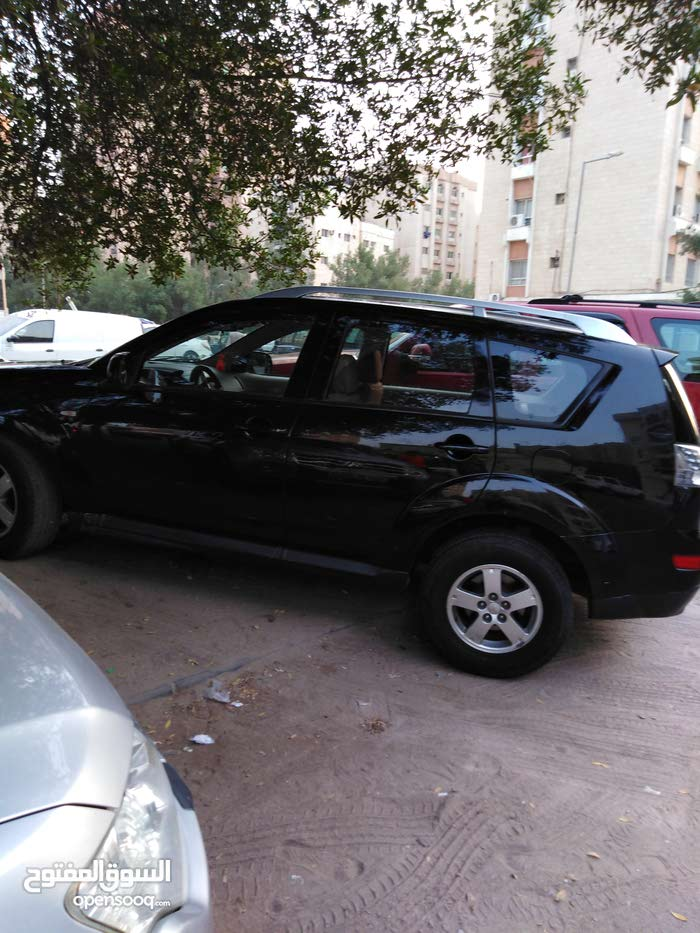 Used 2009 Mitsubishi Outlander for sale at best price