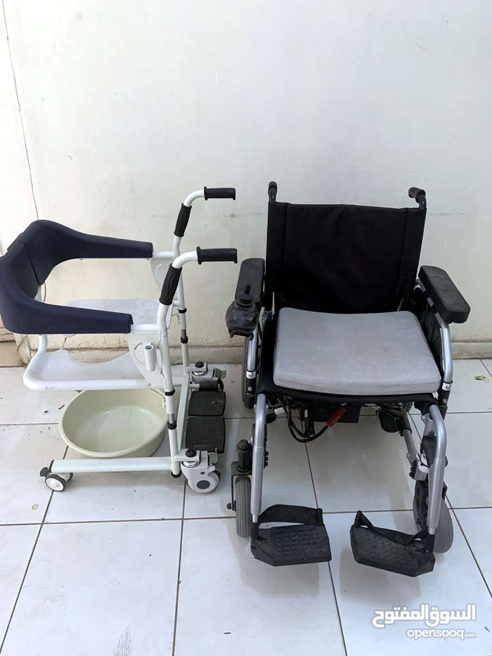 كرسي كهربائي ومقعد حمام للمعاقين جديد 117944585 Opensooq