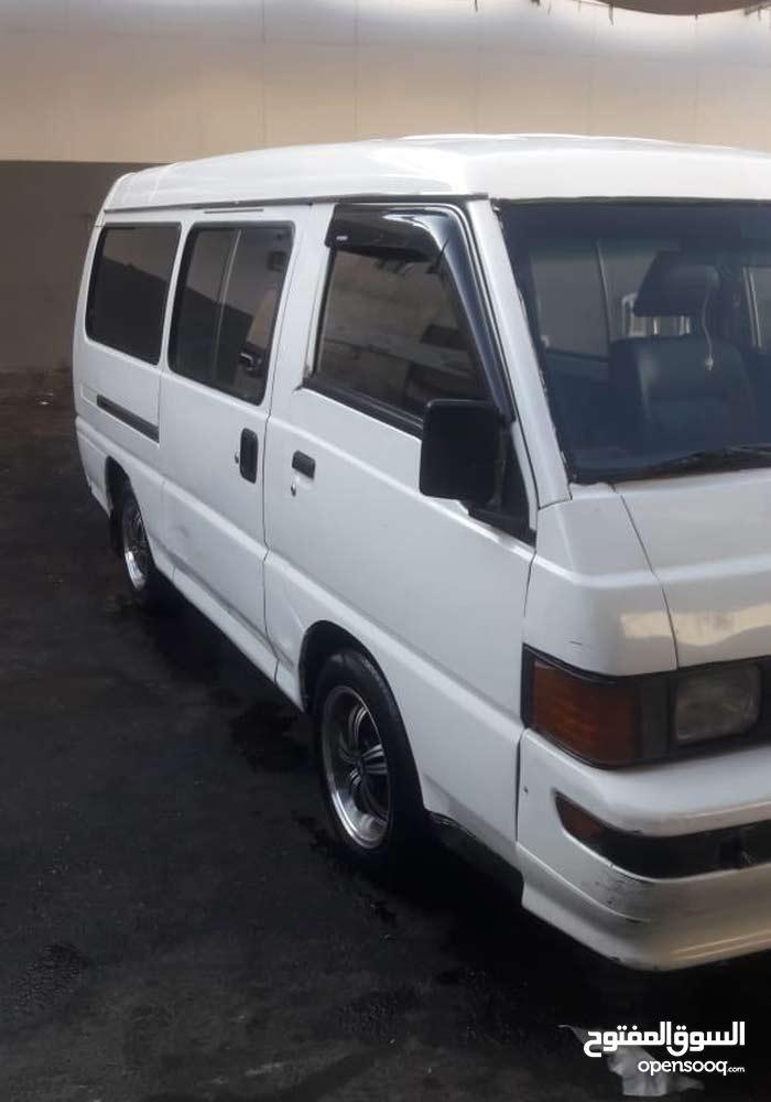 Manual Mitsubishi Van for sale