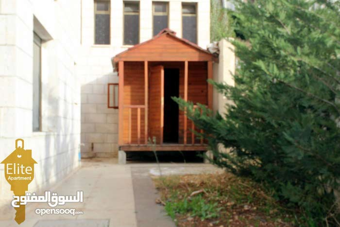3 rooms  apartment for sale in Amman city Dabouq