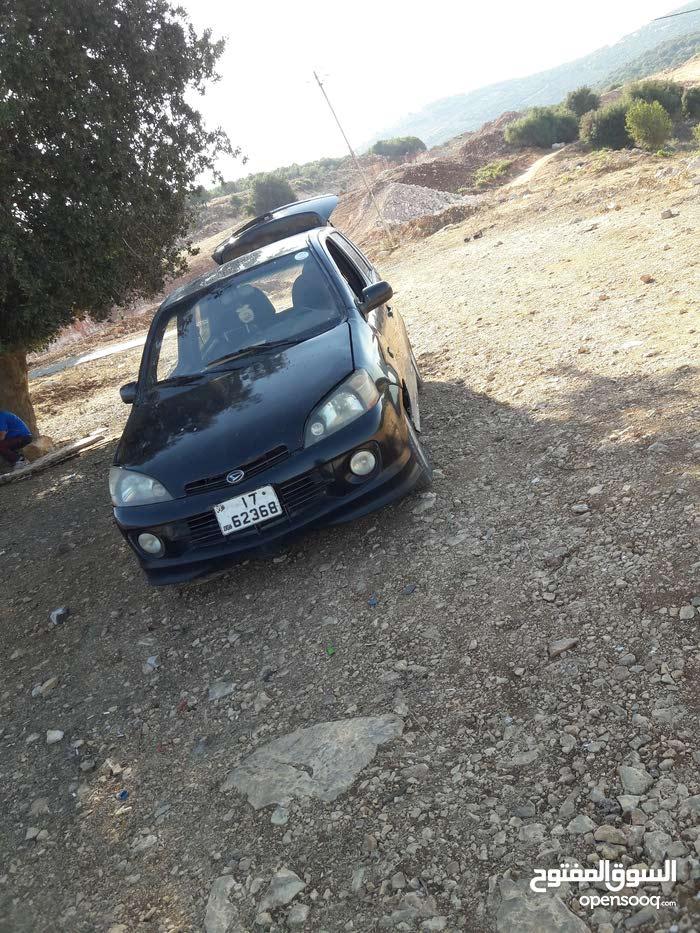 Black Daihatsu YRV 2001 for sale