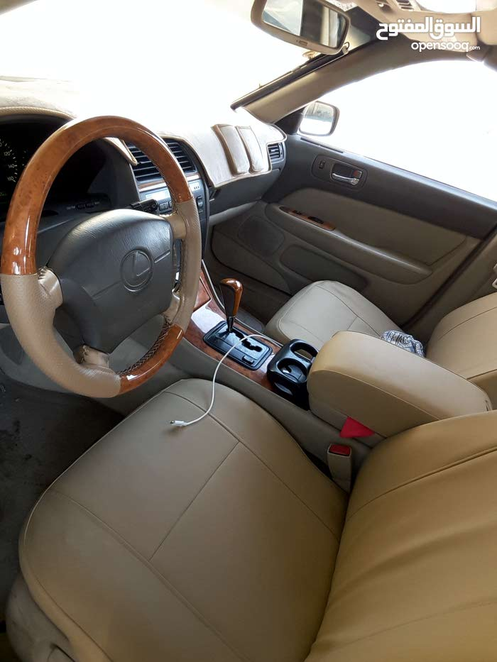 Lexus LS car for sale 2000 in Saham city