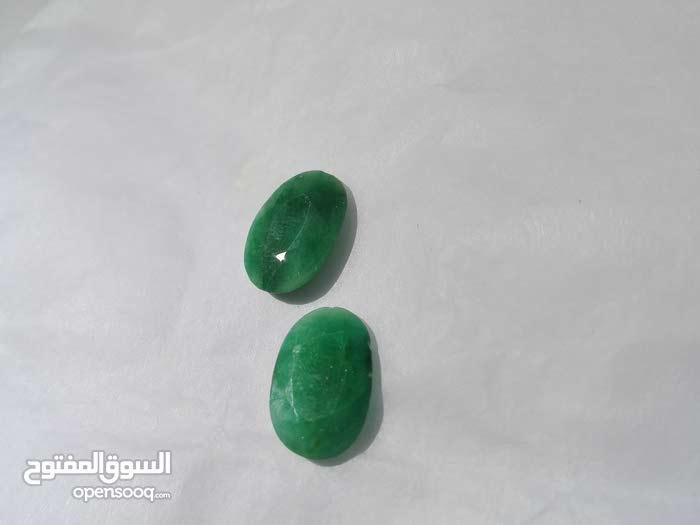 أحجار كريمة طبيعيه للبيع