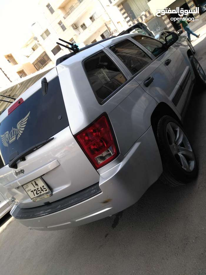Jeep Grand Cherokee 2006 for sale in Irbid