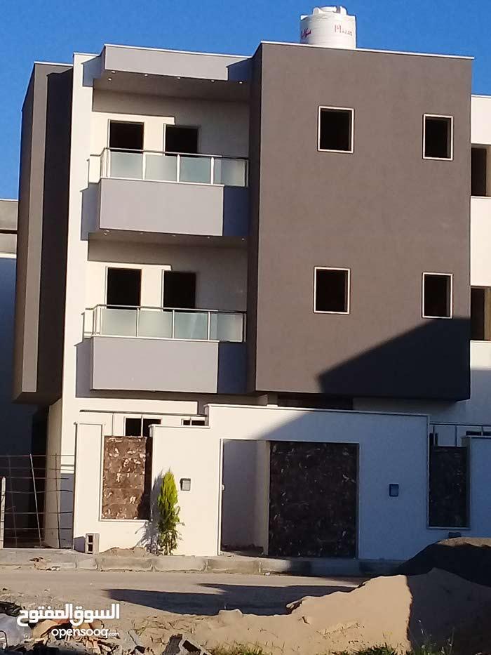 مبنى سكني بمنطقة تاجوراء