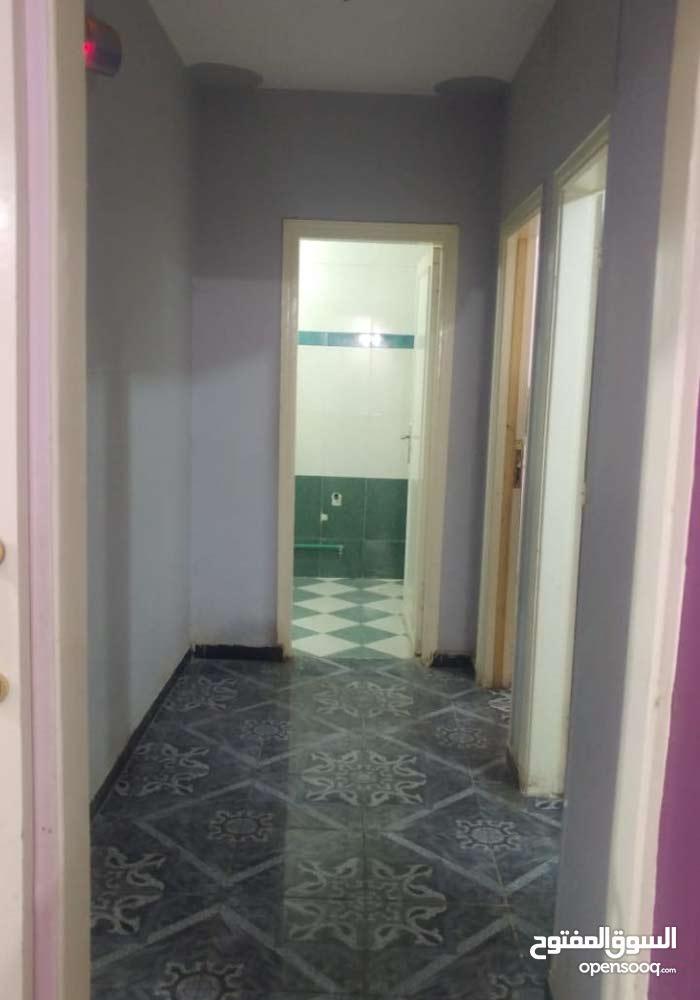 شقة ثلاث غرف غاز طبيعي