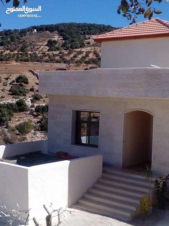 بيت مستقل مفروش للايجار في جبال عجلون اطلاله جميله