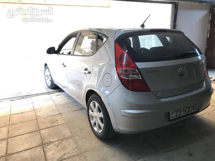 Available for sale! 100,000 - 109,999 km mileage Hyundai i30 2012