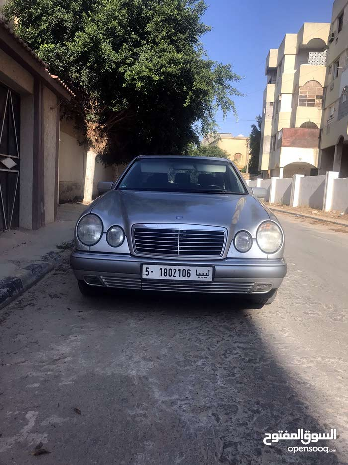 For sale E 200 1999