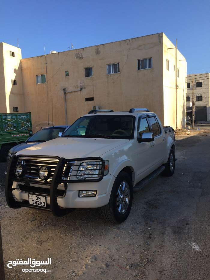 10,000 - 19,999 km Ford Explorer 2008 for sale