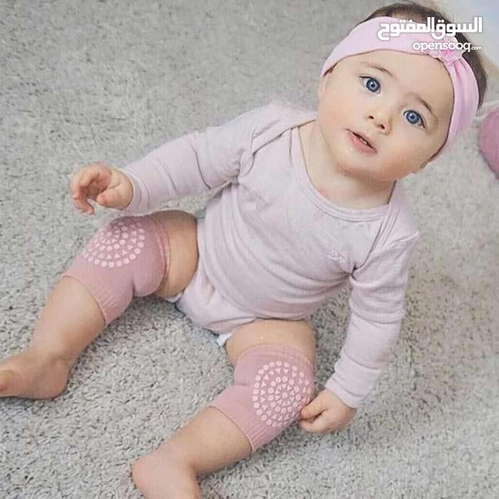للحفاظ علي ركبة الطفل في مرحلة الحبو