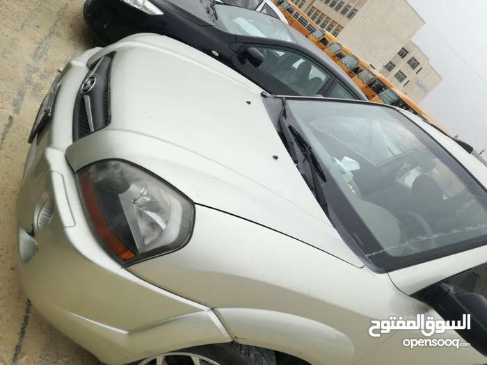 Automatic Beige Hyundai 2009 for sale