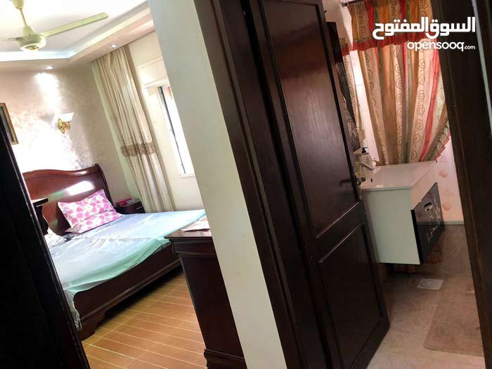 شقة استثمارية للبيع في عمان