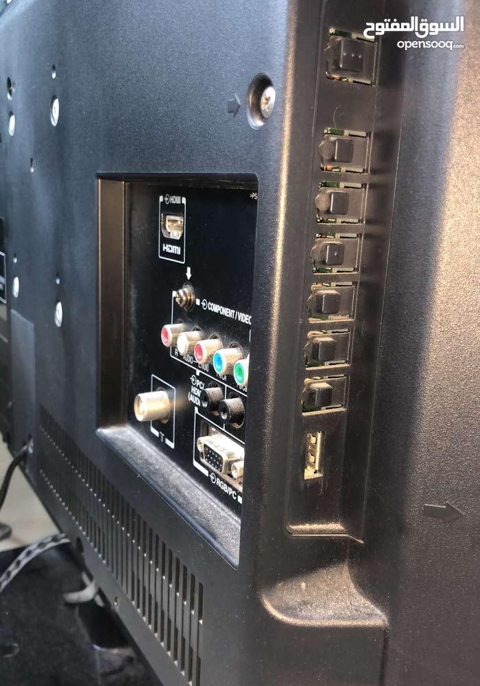 Toshiba LCD COLOR TV