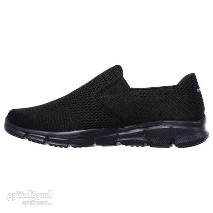 حذاء رياضي ماركة سكيتشر 44