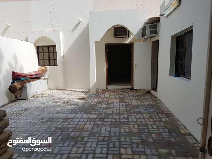 ملحق بمدخل مستقل بأم الدوم