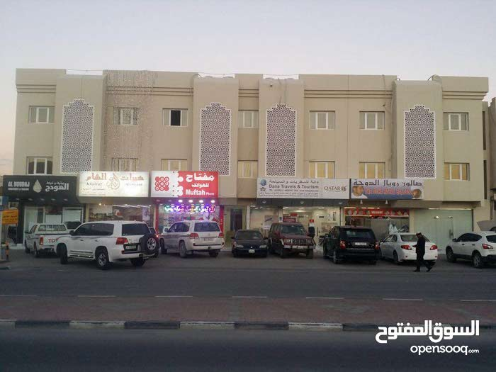 For rent office in azizia direct from the owner and two month free